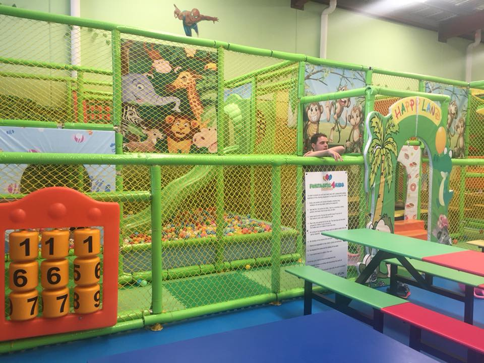 As well as the main play structure, there is another great climbing area aimed at children who are under the age of 5. It has all the similarities of the larger play structure, only scaled down in size.