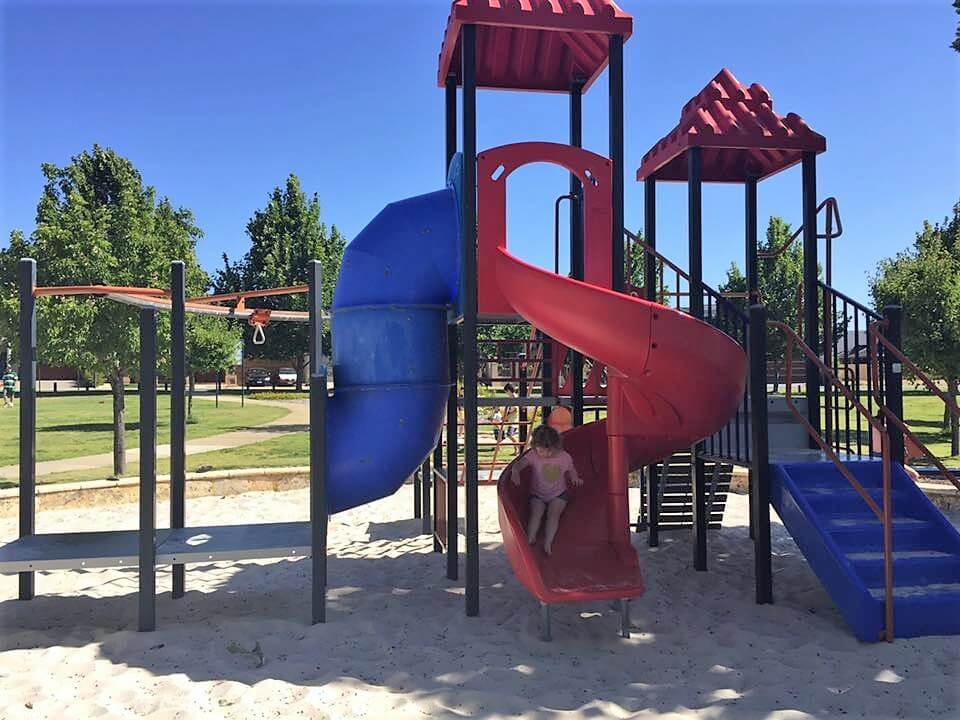 Candella Square Playground, Stirling