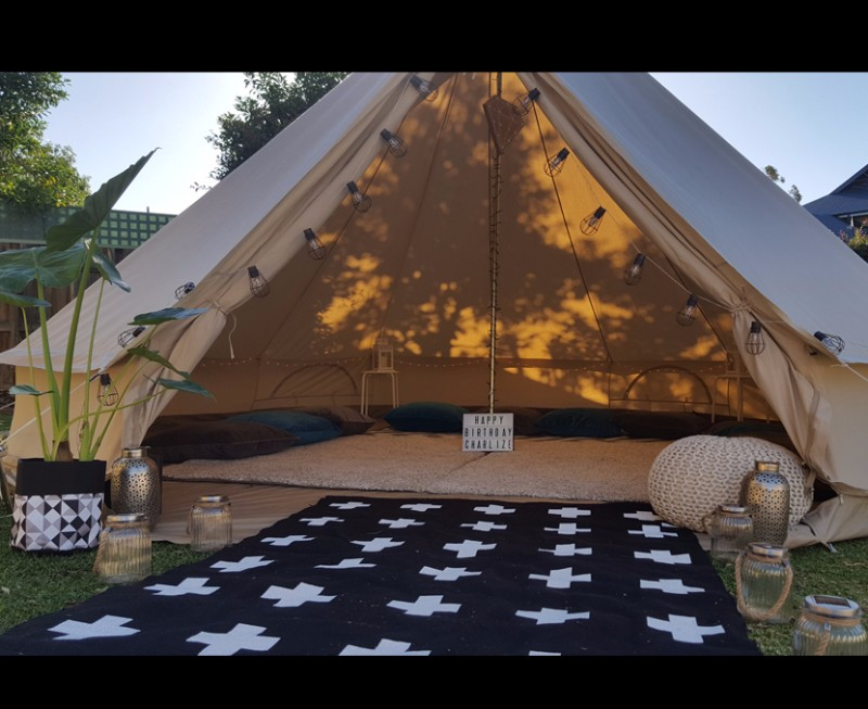teenage_birthday_party_lounge_bell_tent2