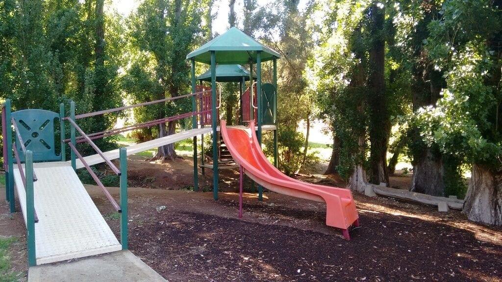 Borrello Park, Roleystone