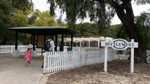 Oliver Hill Train Ride and Guns & Tunnels Tour, Rottnest Island