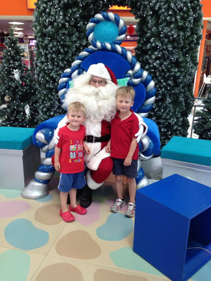 Santa Perth - list of the best places to get Santa Pictures Perth