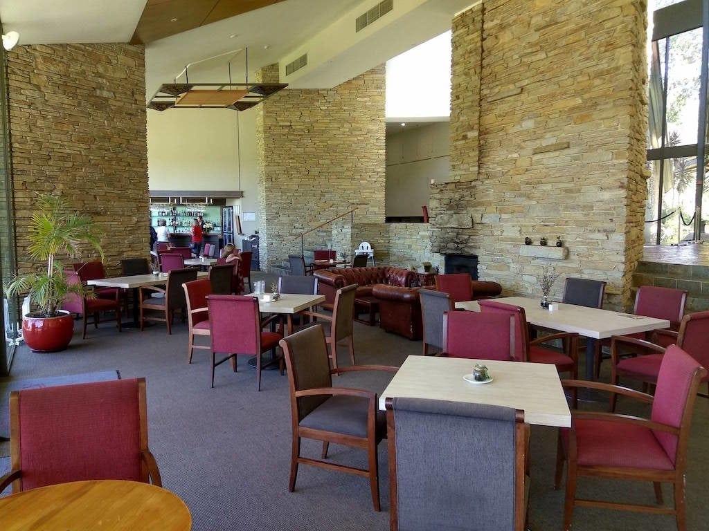 Araluen Golf Resort - Views 101 Cafe & Bar