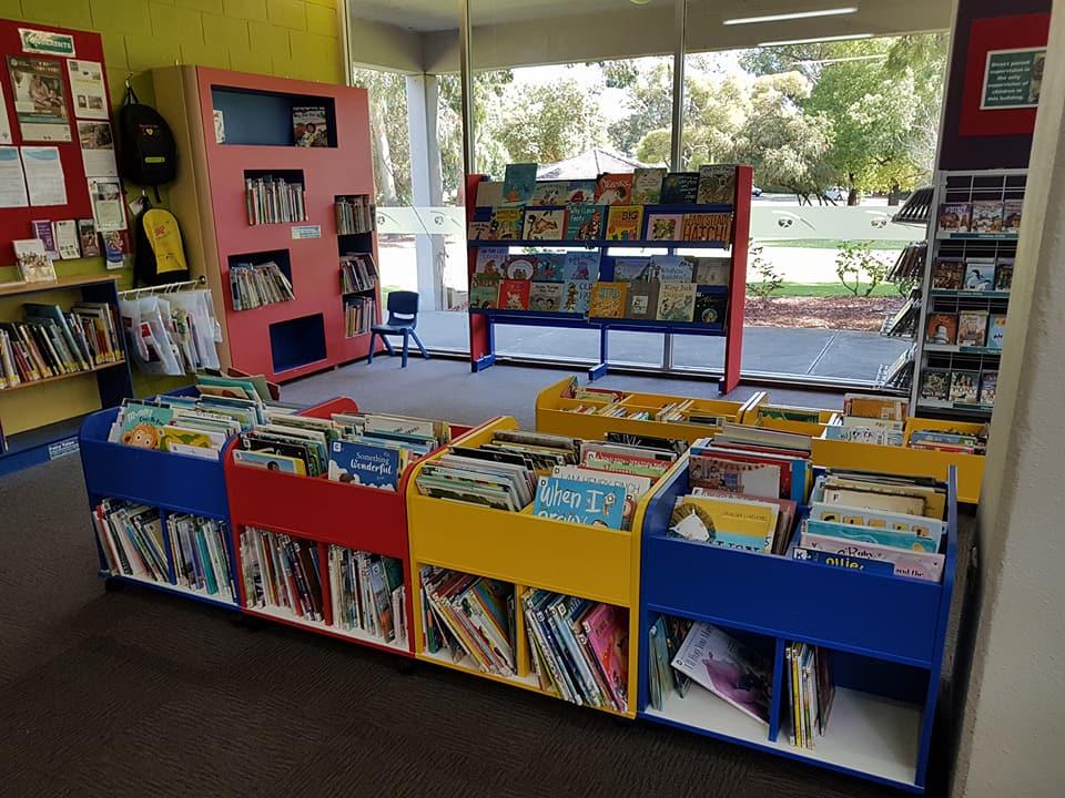 Ruth Faulkner Library, Belmont