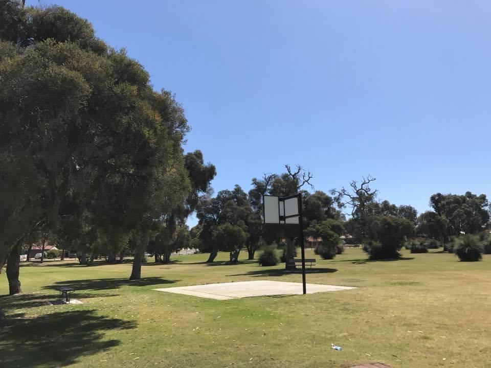 Ian Robbins Park, Alexander Heights