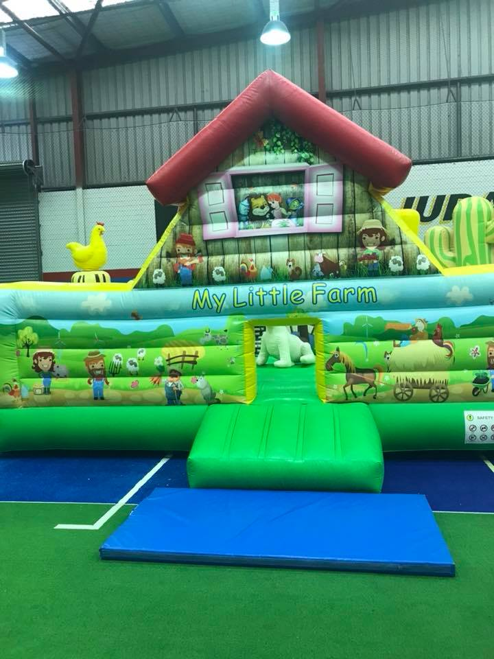 Inflatable World, Ballajura