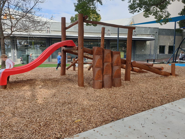 John McMillan Park, Victoria Park