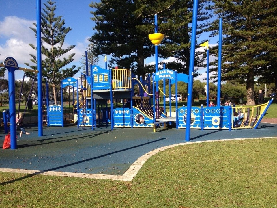 Beaches with playgrounds